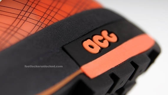 nike-acg-ashiko-boot-total-orange-05
