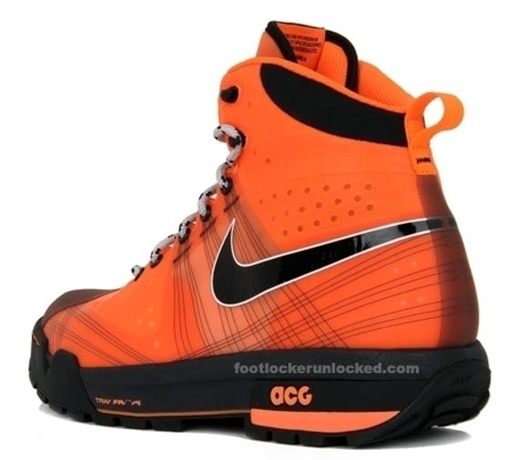 nike-acg-ashiko-boot-total-orange-06