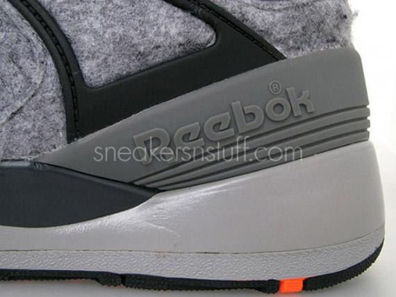 sneakersnstuff-reebok-pump-20th-08