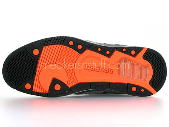 sneakersnstuff-reebok-pump-20th-10