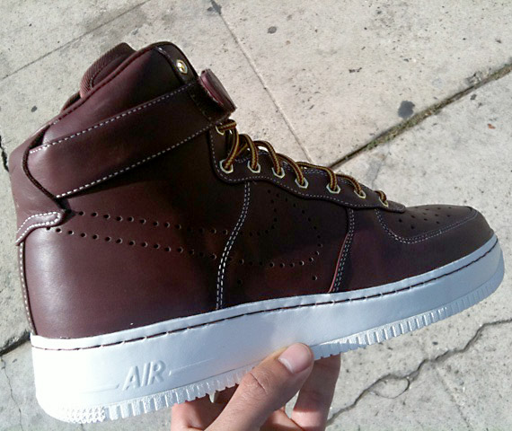 air-force-1-supreme-work-boot