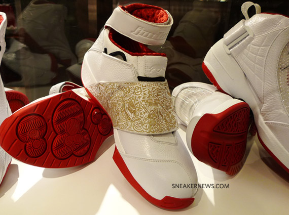 air-jordan-history-of-flight-white-red-40