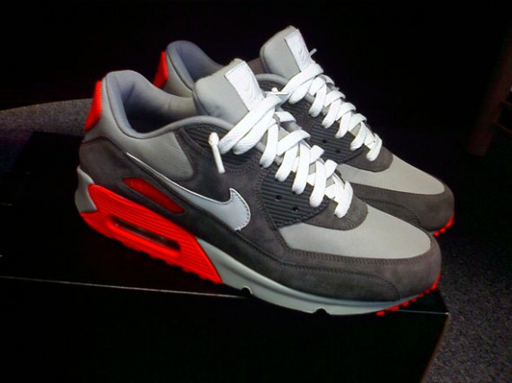 nike air max 90 id jeff staple 39 pigeon 39 inspired. Black Bedroom Furniture Sets. Home Design Ideas