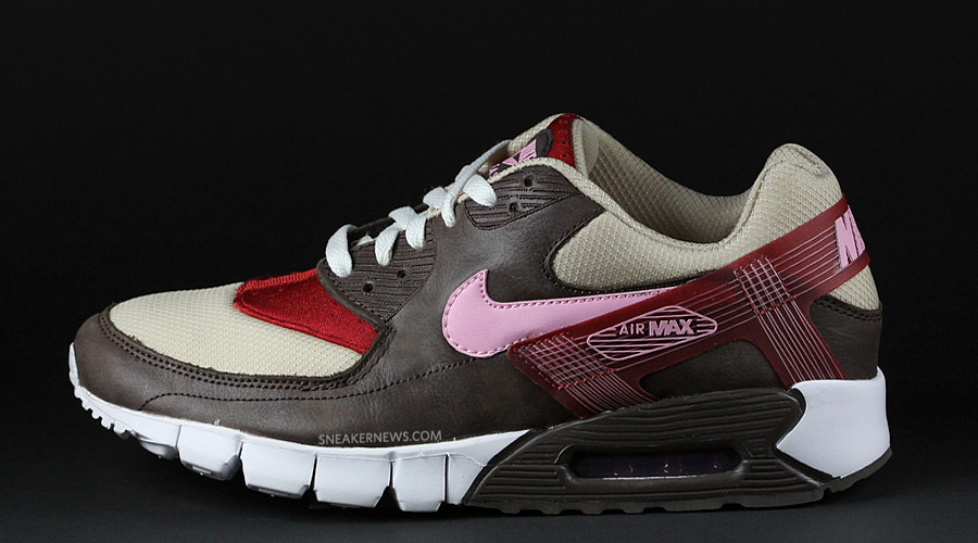 #19 – DQM x NIKE ...