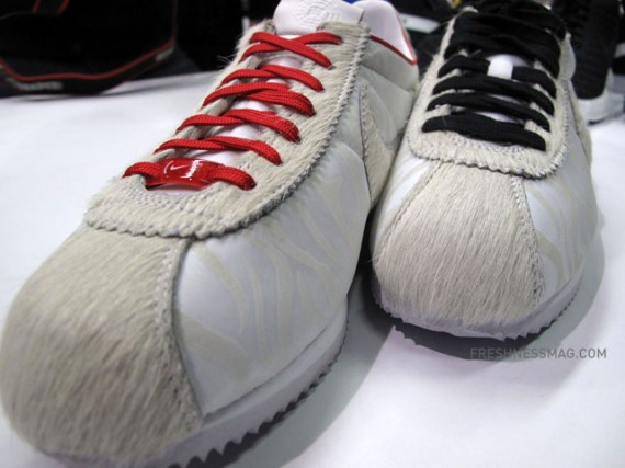 nike cortez year of the tiger