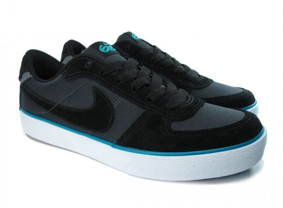 moins cher 68857 6c6f2 Nike 6.0 Mavrk Low - Black - Blue - SneakerNews.com