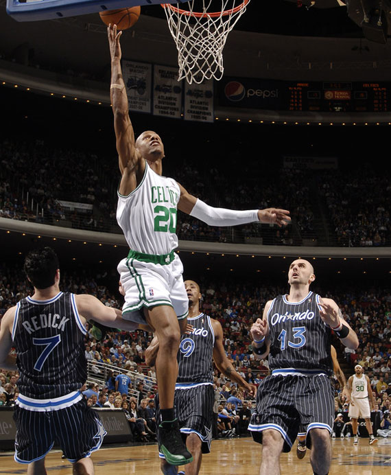 4b9aa1bec06b28dccd7208cfec93b175-getty-90043398fm009_celtics_magic