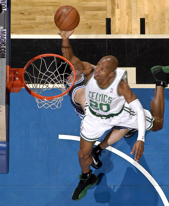 9a59d05ae28b38153cfa58c9ffadae01-getty-90043398fm055_celtics_magic