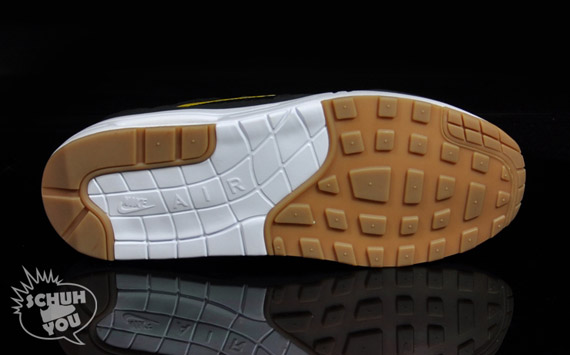 Nike-Air-Maxim-1-Torch-ND-Black-Varsity-Maize-3