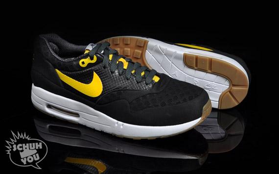 Nike-Air-Maxim-1-Torch-ND-Black-Varsity-Maize-7