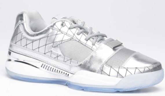 adidas-gil-ii-zero-x-undrcrwn-1[1]
