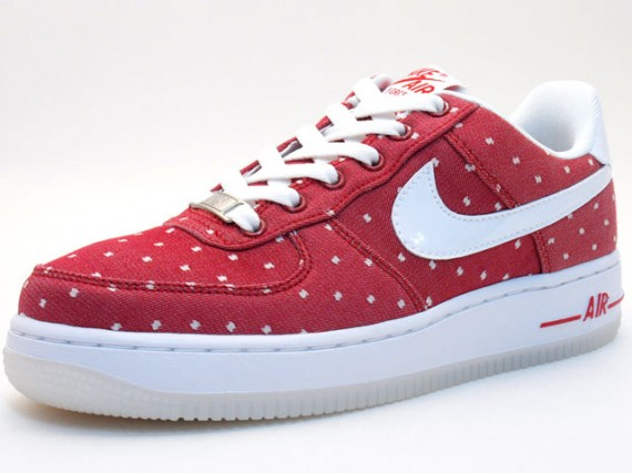 "Nike WMNS Air Force 1 Premium ""St. Valentine's Day"" LE"