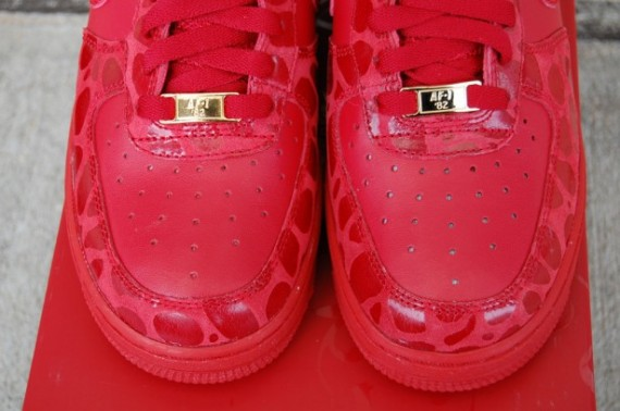 nike air force 1 valentines day 2010