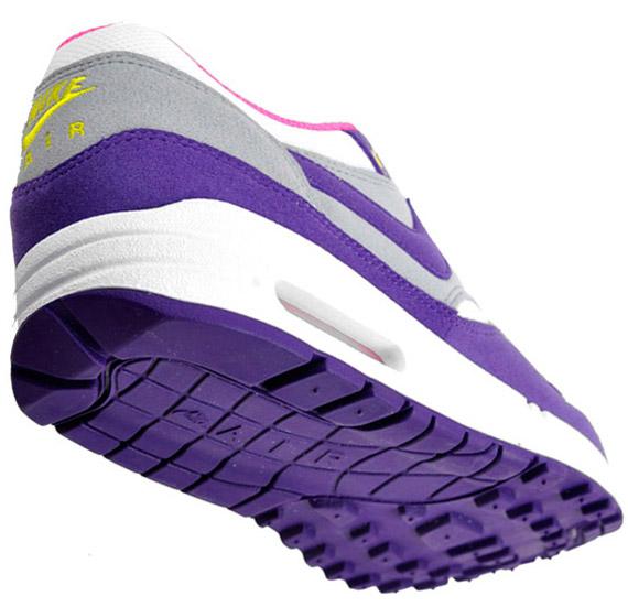 wmns-nike-air-max-1-purple-white-silver-000