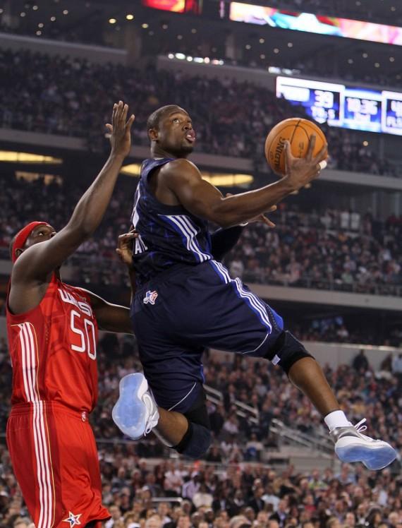 on sale 89713 980b2 NBA Feet: Dwyane Wade - Air Jordan 2010 - White - Metallic ...