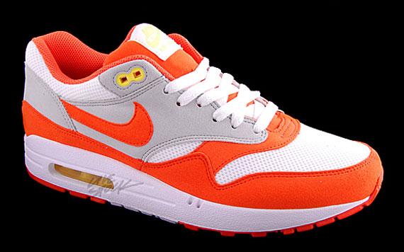la meilleure attitude 59cef 4c233 Nike Air Max 1 - Holland - White - Orange Blaze - Neutral ...