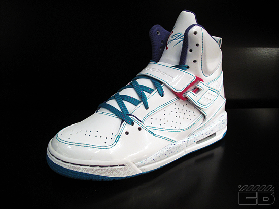 3c9274dfe9f7 e8c78298b244bdad3b98d3ad76b3f29e. Advertisement. The Air Jordan Flight 45  ...