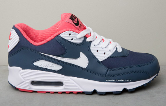 blue and pink air max 90