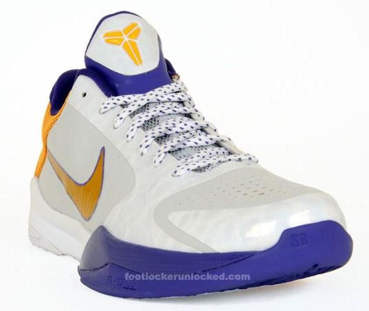 sale retailer 5d335 41fcc Nike Zoom Kobe V (5) – LA Lakers Home – April 2010