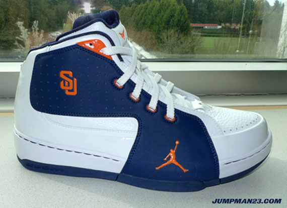 Air Jordan Melo M6 - Syracuse NCAA Tournament PE - SneakerNews.com 5967fb962cf2