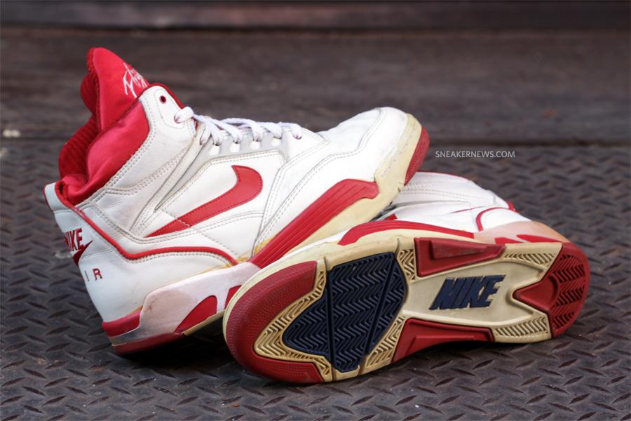 27c6525d Classics Revisited: Nike Air Solo Flight '90 - SneakerNews.com