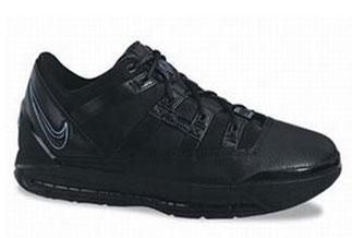 5e1ad4ef1ce3d Nike Zoom LeBron III (3) - SneakerNews.com