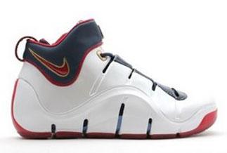 03704cb3bc45 Nike Zoom LeBron IV (4) - SneakerNews.com