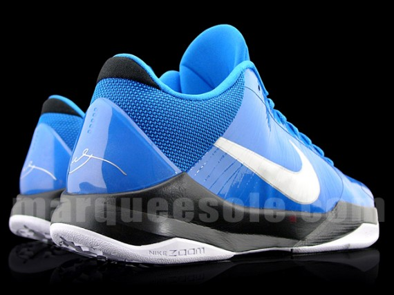 super popular e690f c0da4 Nike Zoom Kobe V (5) - Blue - Black - White - SneakerNews.com