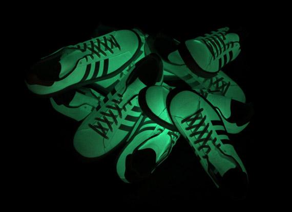 adidas Consortium Campus 80 - Glow in