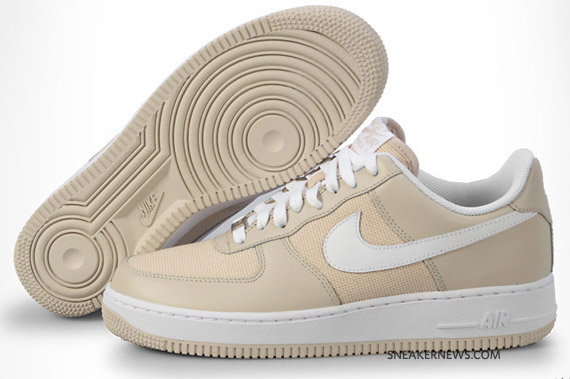 Nike Air Force 1 Low argentato