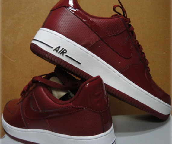 3d8e71c252 Nike Air Force 1 Low - Team Red