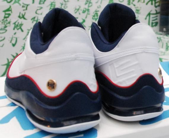 8dfad464b714 Nike LeBron VII Low - USAB Edition - SneakerNews.com