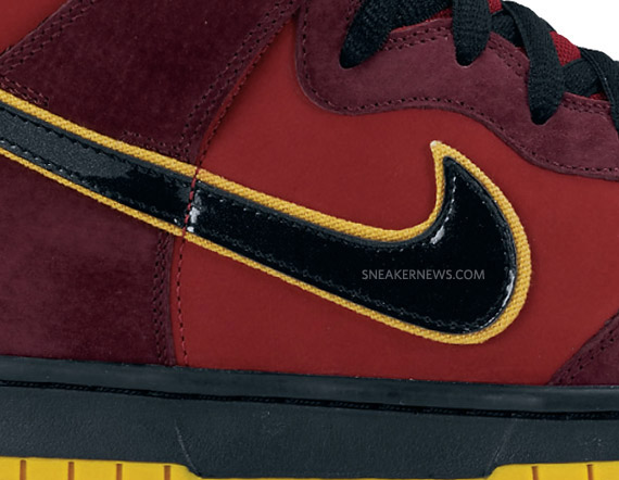 timeless design 1451f 1fb54 Nike SB Dunk High Premium - Iron Man Un-Lobster   Holiday 2010 ...