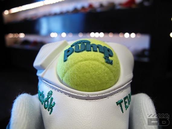 michael chang reebok tennis pumps