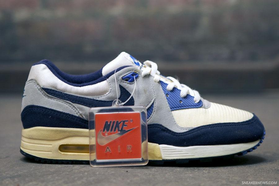online store 02430 71115 Classics Revisited 1989 OG Nike Air Max Light