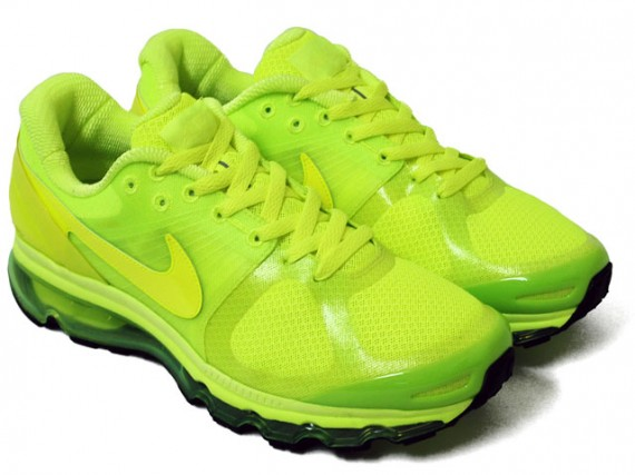 Nike Air Max 2010 Volts J1JR2ZQc