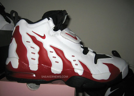 Nike Air DT Max 96 LE - White - Varsity Red - Black  Holiday