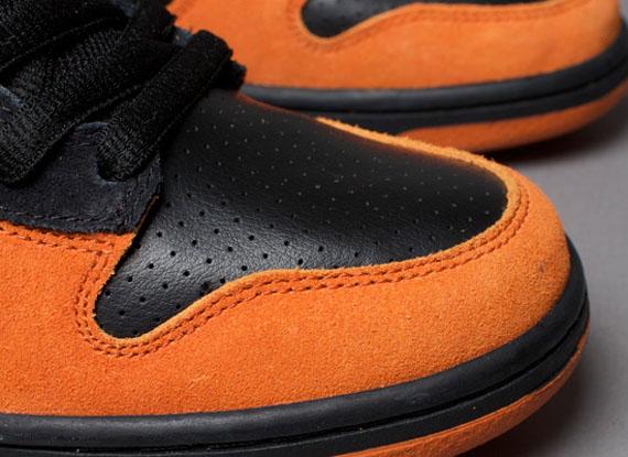 8d0f95e3b1c3 Nike SB Dunk High - Black - Solar Orange