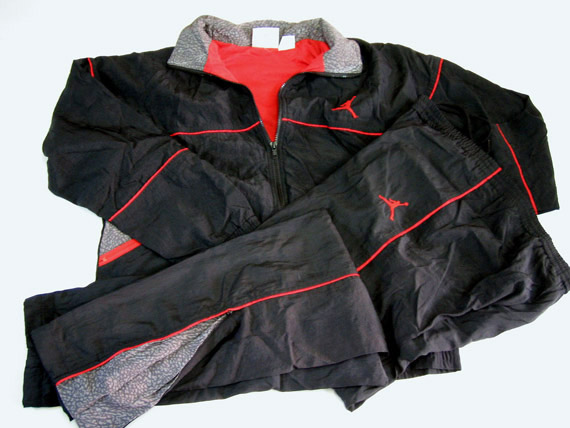 vintage nike jogging suit