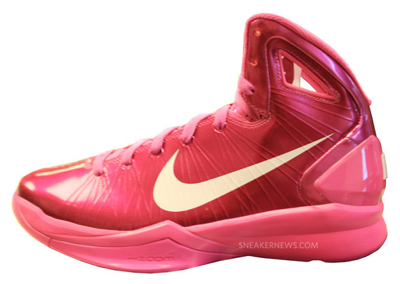 9ac078bcf411 ... upcoming Hyperdunk 2010 colorways. show comments