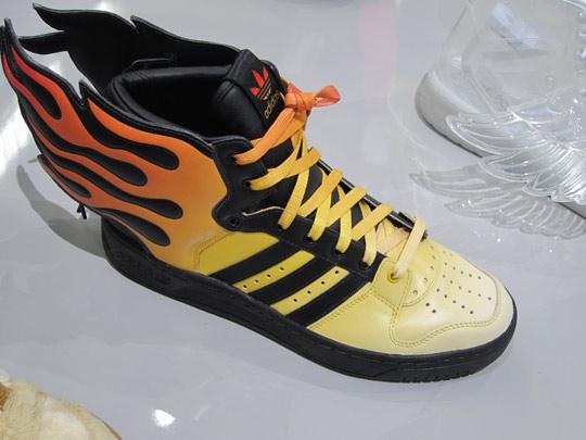 prix de nike air max - Jeremy Scott x adidas Spring/Summer 2011 Preview - SneakerNews.com