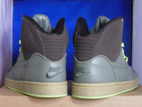 81f42f6ff4e all lebron sneakers nike rt1