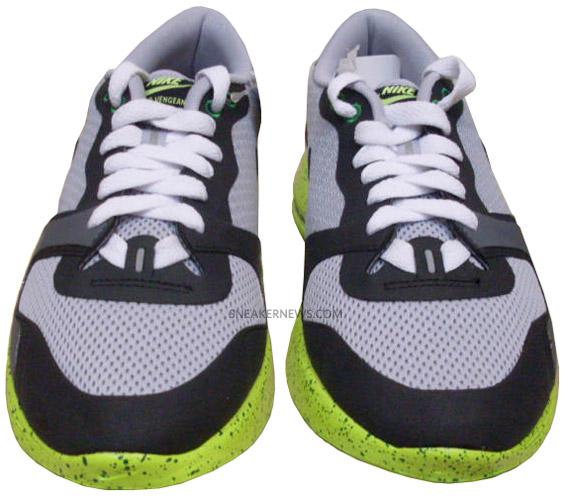 Ciudad manipular Prescripción  Nike Lunar Racer Vengeance - Grey - Black - Victory Green | Sample -  SneakerNews.com
