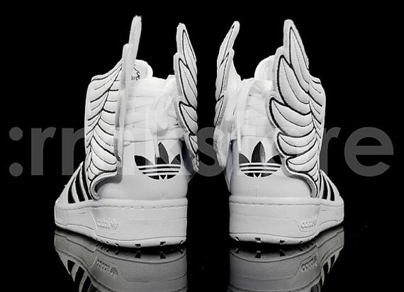 Jeremy Scott X Adidas Js Wings 2 0 White Black