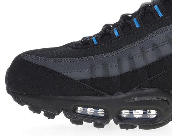 air max 95 blue and black