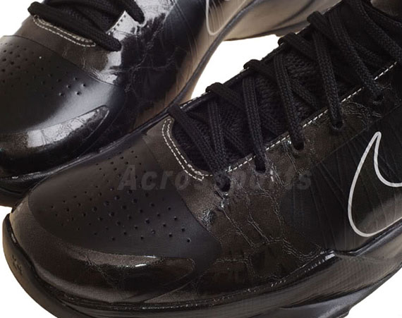 9ea5689ddd59b durable service Nike Zoom Kobe V 5 Blackout Available on eBay - the ...