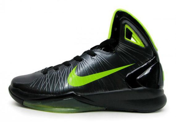 brand new fa7c5 5f744 hot sale 2017 Nike Hyperdunk 2010 GS Black Volt