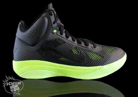 bas prix 515bf 723d7 Nike Hyperfuse - Black - Volt   October 2010 - SneakerNews.com