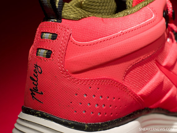 Nike ACG Lunar MacLeay  China  - Solar Red - Moss Green ... 04eded782a46