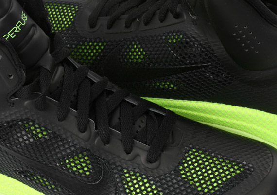 newest collection 7ccbf f3ac6 Nike Zoom Hyperfuse XDR – Black – Volt
